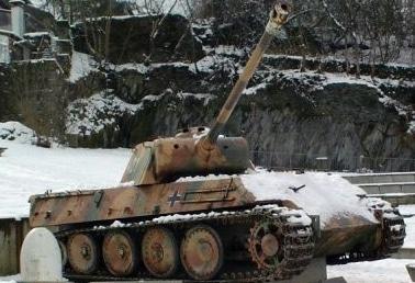 Houffalize-Panther-Tank